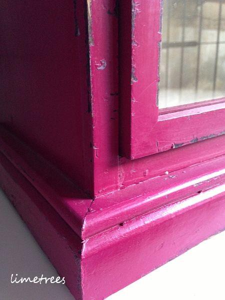 pinke vitrine von nordal