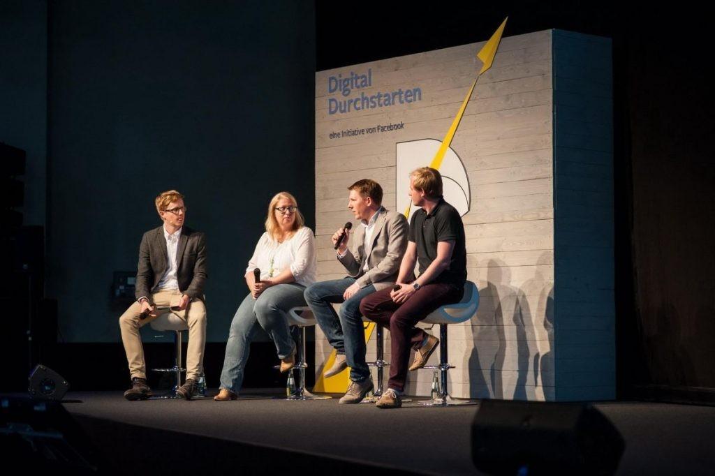 podiumsdiskussion bei digital durchstarten