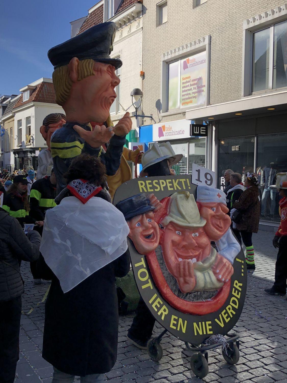 Respekt vor Polizisten, Feuerwerhrmännern und Rettungsanitätern