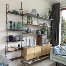 String-Regal im Wohnzimmer - neu zusammengewürfelt
