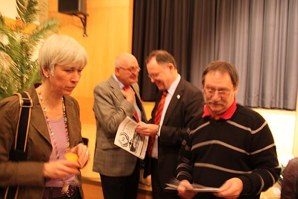 BI Sprecher Matthias Wietzer mit Christine Kastning