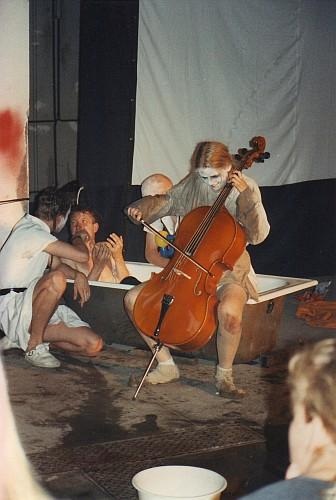 Fotos zu den Anfängen von Faust