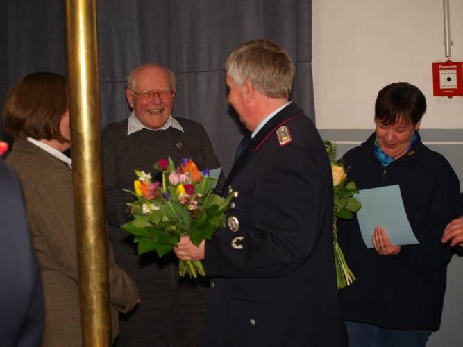 Paul Weniger wurde für 25 Jahre Passive und Fördernde Mitgliedschaft ausgezeichnet