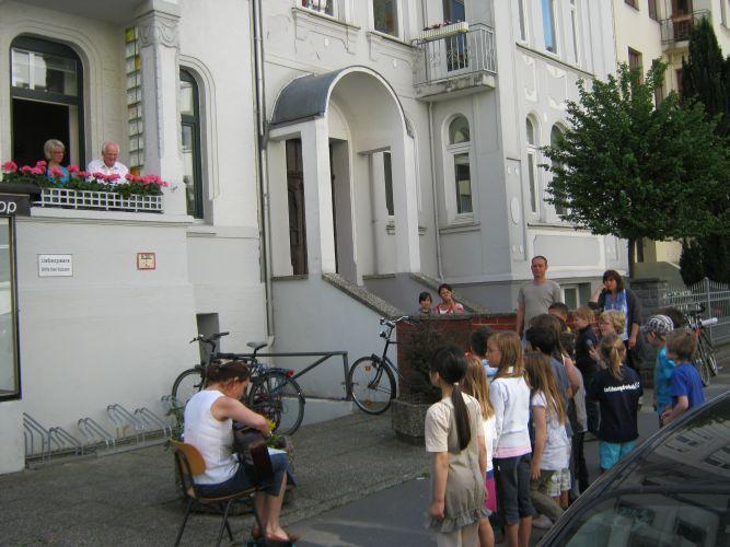 Geburtstagsständchen in der Haasemannstraße