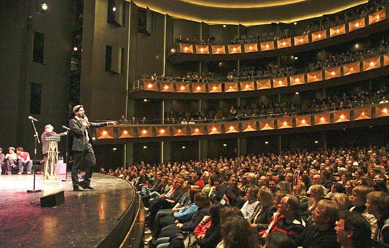 Poetry Slam im Opernhaus (Bild: Martin Steiner)