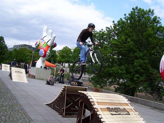 Fahrradmeile am Leibnizufer