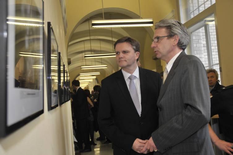 Innenminister Uwe Schünemann und Polizeipräsident Uwe Binias (Foto: Janina Rahn)