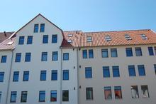 Die beiden nebeneinander liegenden Altbauten am Allerweg in Hannover-Linden wurden mit proKlima-Unterstützung energetisch modernisiert. Dabei kamen Passivhaus-Komponenten zum Einsatz (Bild: proKlima/Glombik)