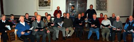 Niedersachsenchor bei einer Chorprobe