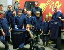 Das Team der Jugendfeuerwehr mit Christoper Thürnau