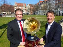Hauke Jagau und Hans Christian Nolte präsentieren Geoheimnisse