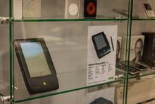 """21 Jahre alt – Das """"Newton MessagePad"""" von 1993 ist der legitime Vorläufer heutiger Tablet-PC wie dem Apple iPad"""