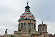 Strickkunst auf der Kuppel