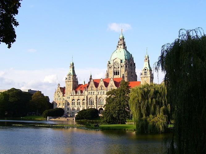 Neues Rathaus mit Maschpark