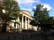 Hinrich-Wilhelm-Kopf-Platz vor dem Landtag