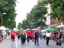 Schützenausmarsch auf der Limmerstraße