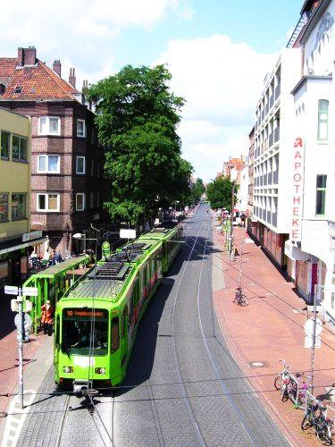 Straßenbahn in der Limmerstraße