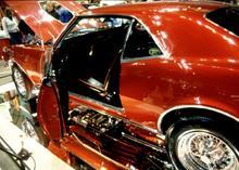 Autoausstellung (© AbleStock.com/Thinkstock)