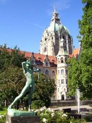 Bogenschützen-Skulptur