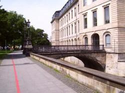 Schlossbrücke am Leineschloss