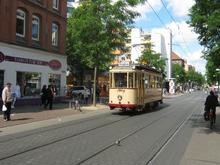 Historische Straßenbahn auf der Limmerstraße