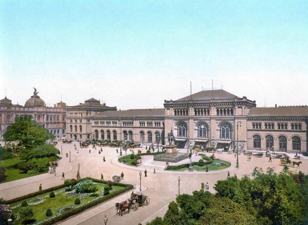 Ernst-August-Platz 1900
