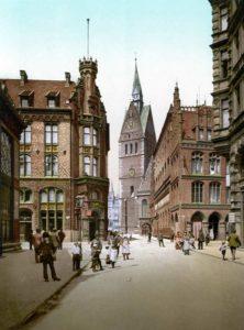 Marktkirche mit Rathaus (um 1895)