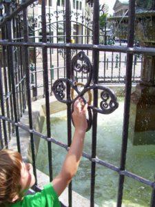 Wunschring am Holzmarktbrunnen