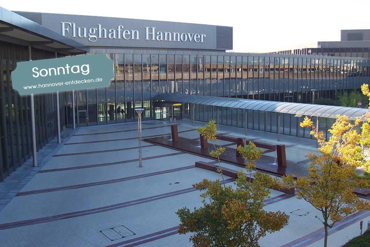 Flughafen Hannover ( Albion, Hannover Airport Terminal, Datum Overlay von hannover-entdecken.de, CC BY-SA 4.0 )