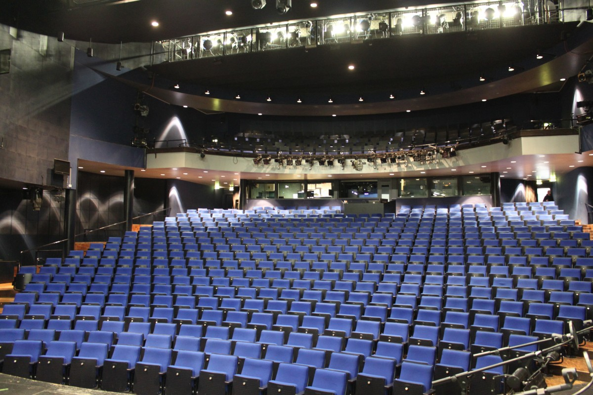 Zuschauerraum im Schauspielhaus