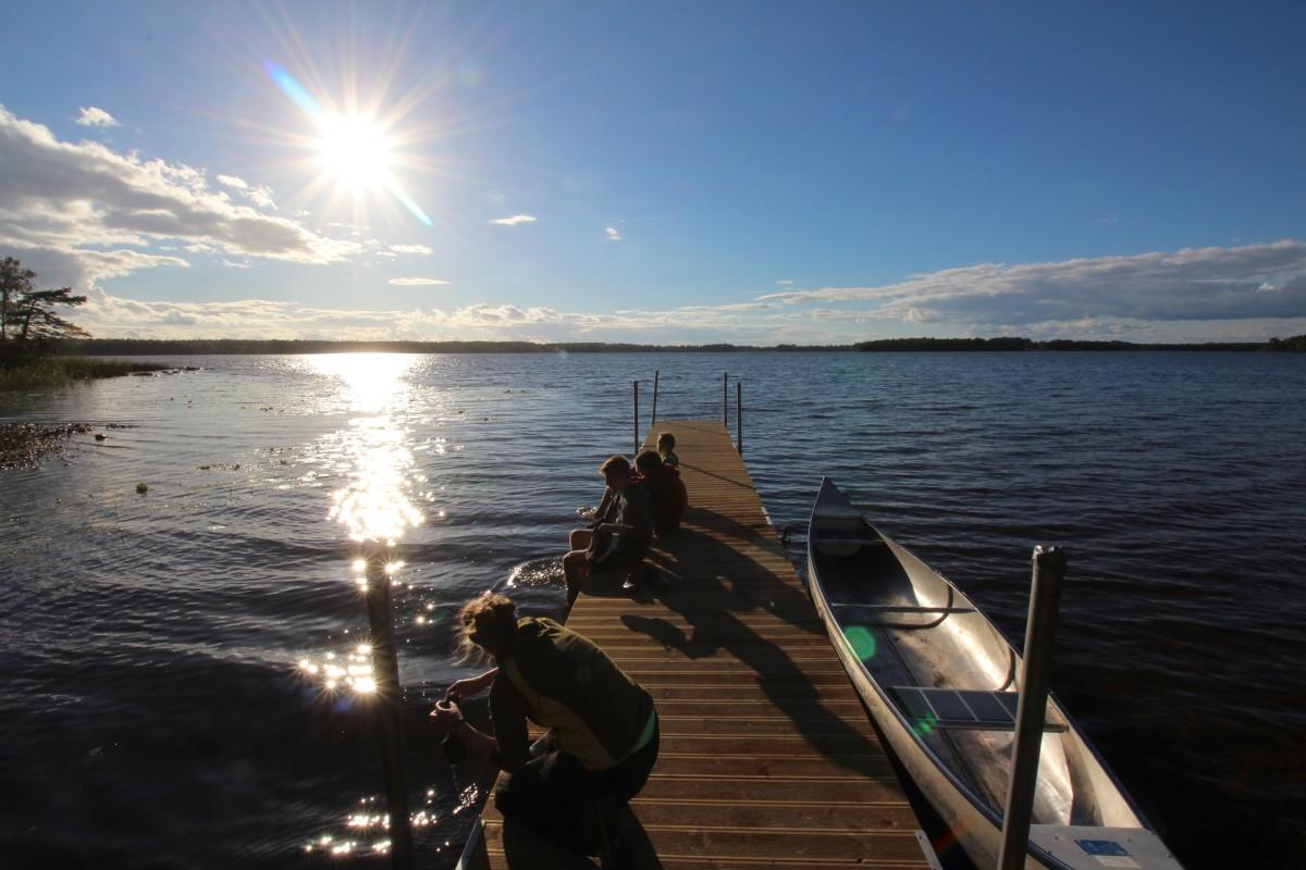 NAJU-Schwedenfreizeit - Steg bei Växjo (Bild: NAJU/Christian Volk)