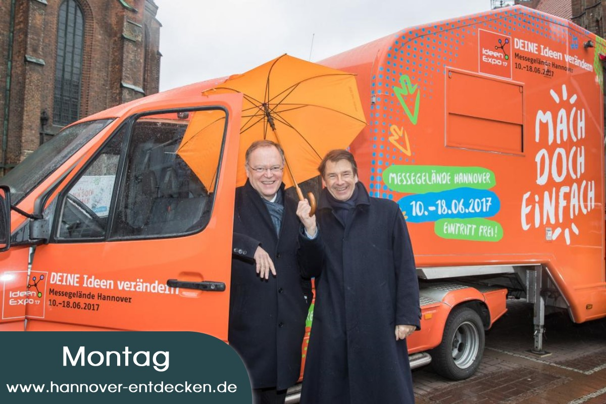 Niedersachsens Ministerpräsident Stephan Weil und Dr. Volker Schmidt, Aufsichtsratsvorsitzender der IdeenExpo GmbH