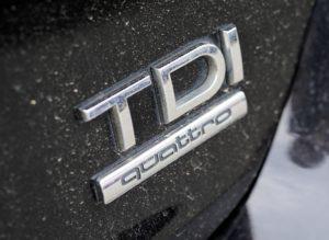 Viele moderne Dieselmotoren erzeugen durch die höhere Verdichtung und Verbrennungstemperatur mehr Stickoxide als 25 Jahre alte Euro 1 Diesel-Pkws.
