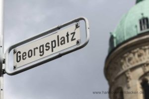 Der Georgsplatz - Beliebter Treffpunkt für Motorradfahrer