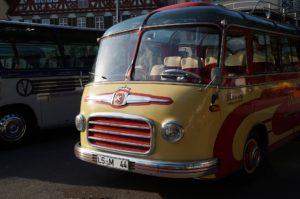 Heutige Reisebusse sind da doch deutlich Komfortabler