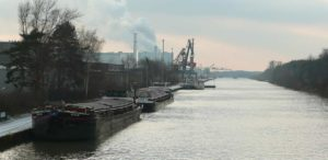 Der Nordhafen Hannover am Mittellandkanal