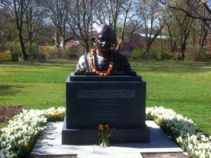 Ghandi Denkmal