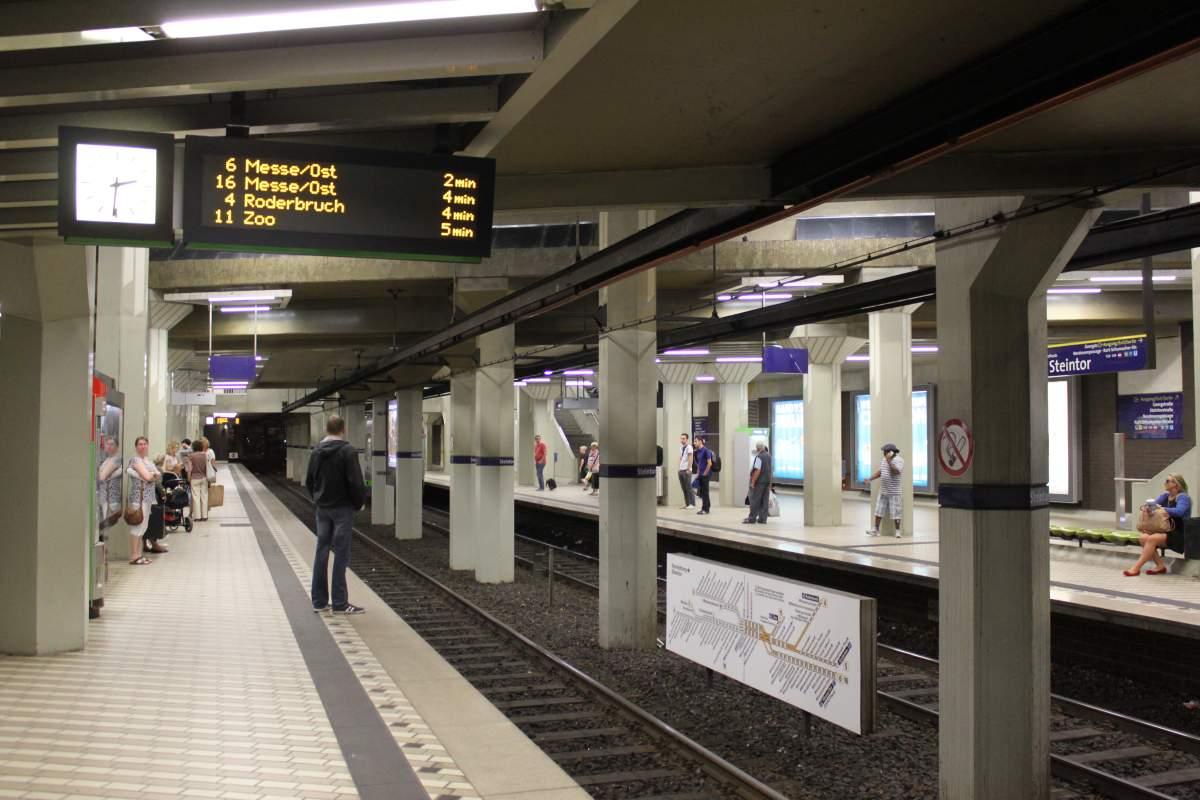 U-Bahn Station Steintor: Erst am Montag werden hier wieder Bahnen fahren