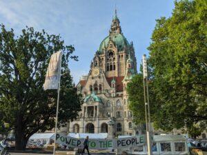 Protestcamp von Fridays for Future vor dem Neuen Rathaus